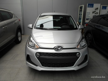 Hyundai i10 Twist Platinum silver