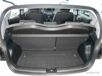 Hyundai i10 LUXURY LAUNCH EDITION coffre