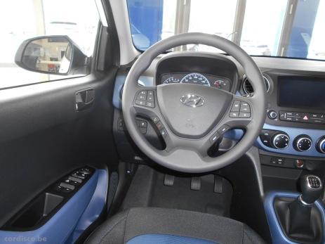 Hyundai i10 LUXURY LAUNCH EDITION intérieur