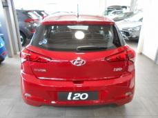 Hyundai i20 AIR PLAY Red Passion