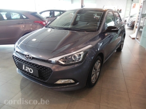Hyundai i20 série spéciale blackline, couleur Star Dust