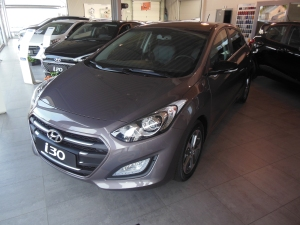i30 Blackline Cashmere brown