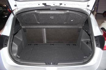 Hyundai i30 Turbo coffre