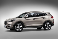 Hyundai-Tucson-7-8-Front