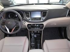 Hyundai tucson garage cordisco for Interieur hyundai tucson
