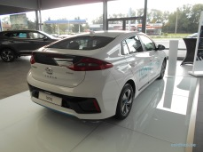 Hyundai Ioniq HYBRIDE - Equipement Premium - Couleur Polar white